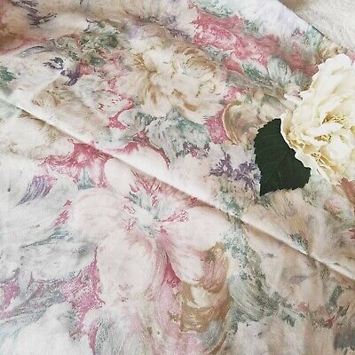 Vintage Fabric Reclaimed Remnant Watercolours CABBAGE ROSES Country  • 12£