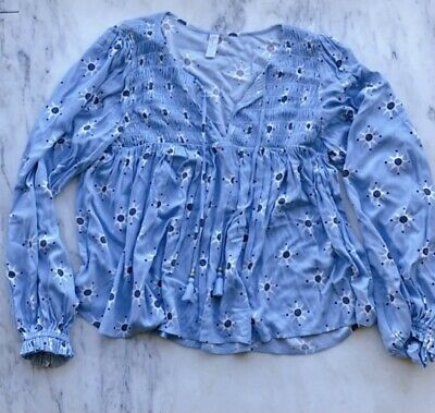 AU12 • Buy Tigerlily Pattern Blouse Size 8, Worn Once - Perfect Pre-loved Condition!