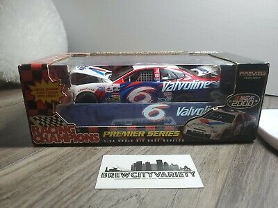 $24.99 • Buy Racing Champions #6 Mark Martin Valvoline First Production 2000 W/ Cover 1:24