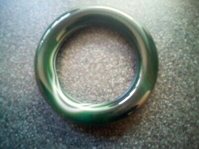£16.99 • Buy FOREST GREEN AGATE BANGLE WITH WHITE BANDS, Lovely Colour Bangle