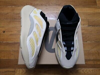 $ CDN448.09 • Buy 🔥Size 9.5 - Adidas Yeezy 700 V3 Saflower ✅IN HAND - SHIPPED FAST