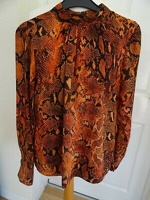 £6 • Buy Ladies Modern Size 8 Snakeskin Pattern Top In Tans/black Shades. Perfect