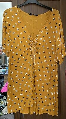 £2 • Buy Yours Mustard Floral Top - Sz 22/24