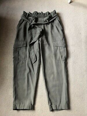 £8 • Buy H&M Mama Maternity Khaki Cargo Cropped Trousers S Small