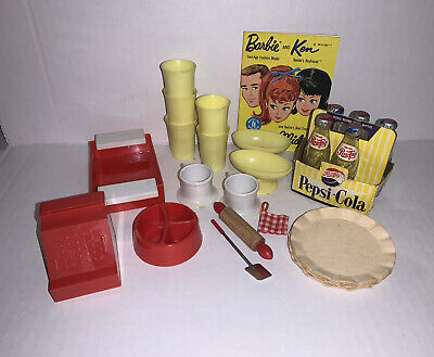 $ CDN36.42 • Buy Vintage Barbie Kitchen Accessories - Booklets 1950's And 1960's