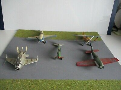 £1.70 • Buy Joblot  Collection  Of Built  Airfix  Models For  Spares  Or  Repair 1.72