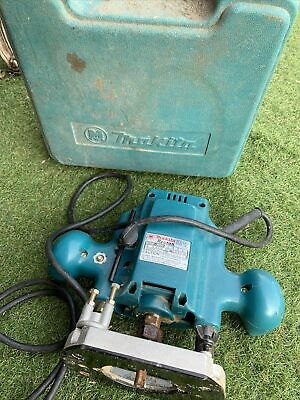 £45 • Buy Makita 3620 Plunge Router 240v Used Working Needs New Plug Tool Boxed