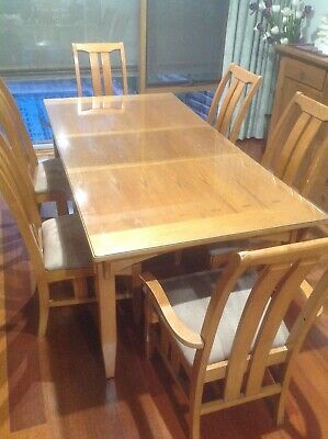 AU200 • Buy Dining Table And Chairs 6, Used In Great Condition With Glass Top When extended