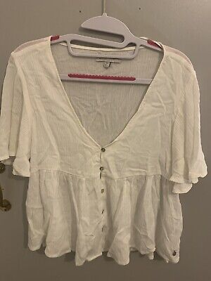 AU7.36 • Buy Pull And Bear White Blouse S