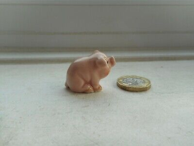 £3.40 • Buy Pig - Beautiful Detailed Pottery Pale Pink Pig - Miniature Sitting Cute Piglet