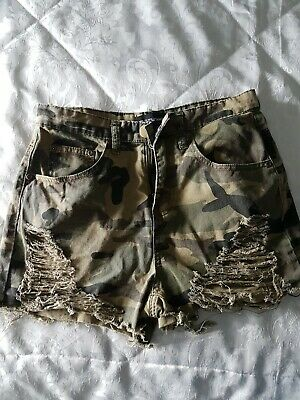 £1.40 • Buy Camo Ripped Style Shorts Size 8