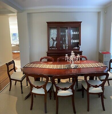 AU385 • Buy Great Price - Dining Table, 8 Dining Chairs & Display Unit!