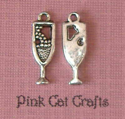 £1.95 • Buy Glass Of Champagne Prosecco Bubbly Tibetan Silver X 10 20mm Charms Pendants Bead