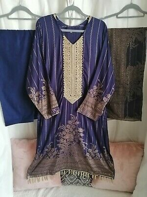 £17 • Buy Readymade Shalwar Kameez Lawn Inspired By Firdous