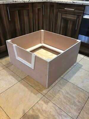 """£80 • Buy Wooden Whelping Box 32"""" Square Including Pig Rail 32 X 32 X 16"""" Various Sizes"""
