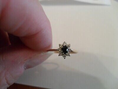 £25 • Buy 9ct Gold Sapphire And Cubic Zirconia Cluster Ring Hallmarked 375