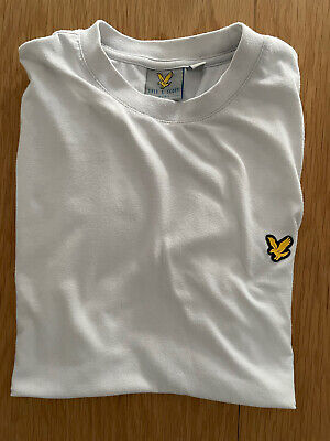 £3.80 • Buy White Lyle And Scott Sports T Shirt Small