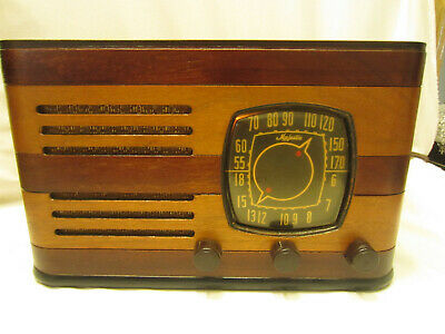 $119 • Buy RARE Antique Deco Majestic Model 7T20  Wood Cabinet Tube Radio WORKS GREAT NICE