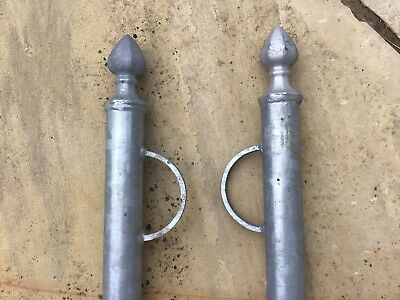 £70 • Buy 2 X 3m  Galvanised  Steel Traditional Style Washing Line Poles.