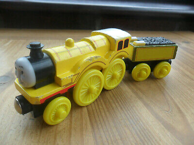 £6.99 • Buy Thomas Tank Engine & Friends Wooden Train - MOLLY - LEARNING CURVE