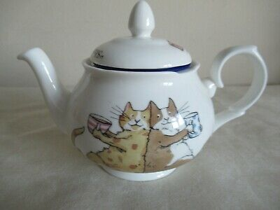 £18 • Buy Whittard ~ Teapot With Infuser ~  Cats Sharing A Cuppa