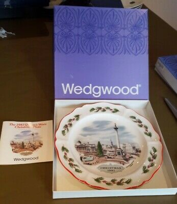 £7.50 • Buy Wedgwood Queens Ware Christmas Plate 1981 Trafalgar Square With Box & Leaflet