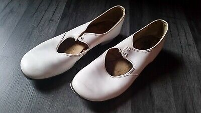 £5 • Buy White Tap Dancing Shoes - Size 6