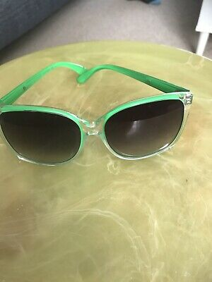 £20 • Buy Rare Green Marc By Marc Jacobs Sunglasses & Pouch Women's