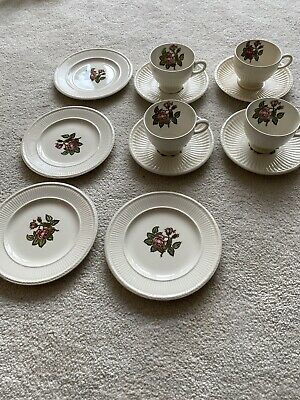 £25 • Buy Wedgewood Moss Rose Vintage China 12 Piece Tea Set - Immaculate Condition
