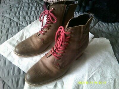 £35 • Buy Boots[ Joe Browns, Leather ] Tan. Ladies Size 7. Very Good Condition