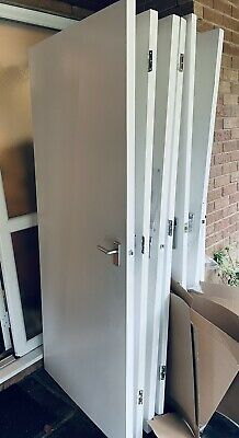 £5 • Buy Internal Doors White X 9 With Handles And Hinges