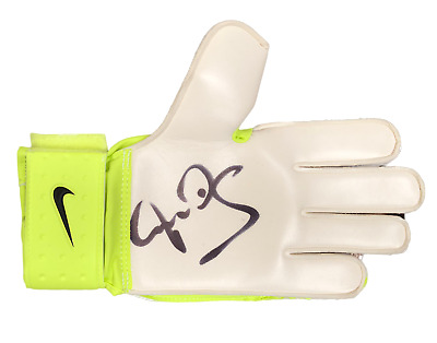 Peter Schmeichel Signed Nike Goalkeepers Glove See Proof Manchester United  • 99£
