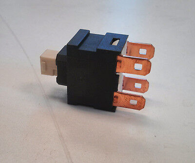 £6.99 • Buy GENUINE  KARCHER PUZZI 100 / 200 ON/OFF SWITCH For Pump/motor 66304370