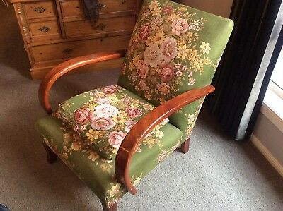 AU695 • Buy Lovely Design Vintage Antique Chair  Occasional Chair Bedroom Chair - Caloundra