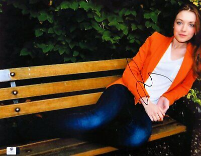 $ CDN190.67 • Buy Sarah Bolger Signed Autographed 11X14 Photo Sexy Gorgeous On Bench GV848380