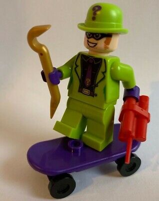 LEGO DC SUPER HEROES - Riddler Minifigure From 76137 + Skateboard TNT • 6.95£