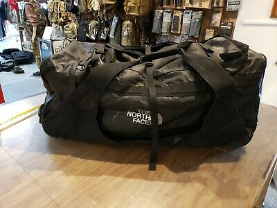 North Face Basecamp Rolling Thunder Wheel Duffel Bag Luggage,  • 102.31£