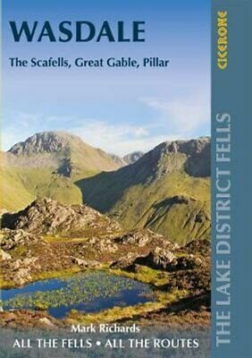 Walking The Lake District Fells - Wasdale The Scafells, Great G... 9781786310316 • 10.94£