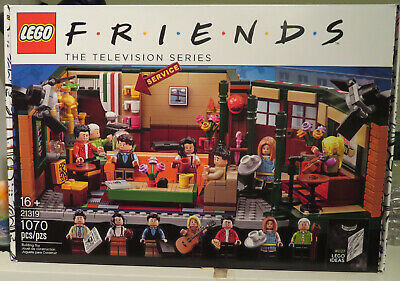 Lego Central Perk Friends The TV Series New In Box 21319 • 2.25$