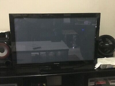 AU600 • Buy Panasonic TV 40 Inch Model: TH-P42X30A - Stand, Cables And Remote Included