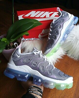 $138 • Buy Size 10 Men's Nike Air Max Vapormax Plus White Black 924453 105 Running Casual