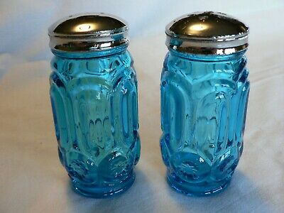 $12.99 • Buy Vintage L.e. Smith Blue Salt And Pepper Shakers