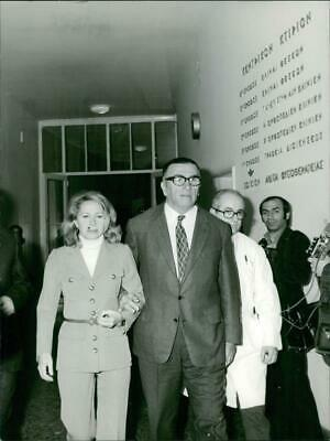$ CDN32.34 • Buy Tina Livanos Walking Along With A Man. - Vintage Photograph