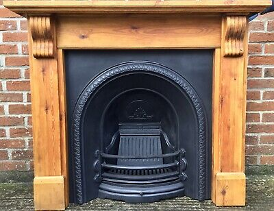 Victorian Style Arched Cast Iron Fireplace & Solid Wooden Waxed Pine Surround • 325£