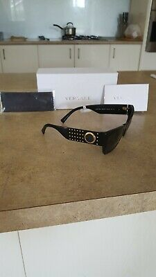 AU400 • Buy Womens Versace Sunglasses Brand New With The Tag , Unwanted Gift Price Is Nego