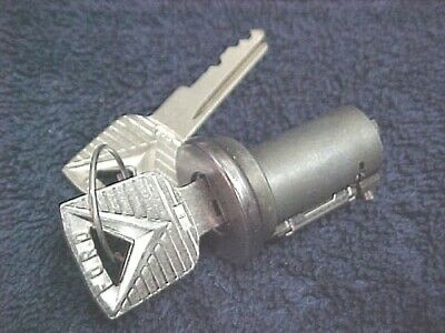 $84.50 • Buy NOS USA 1963 Ford Galaxie Trunk Lock Cylinder With Ford Keys !