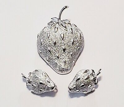 $7.99 • Buy Sarah Coventry 1968  Strawberry Ice  Brooch And Clip-On Earring Set