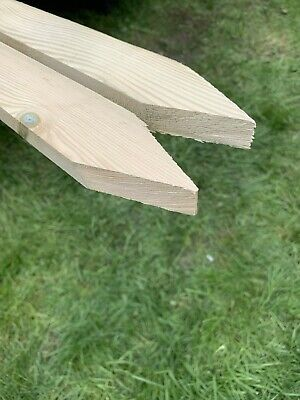 "Wooden Stakes Site Pegs Pack Of 30 Garden Tree Stakes 60cm Long  24"" Treated • 29.99£"
