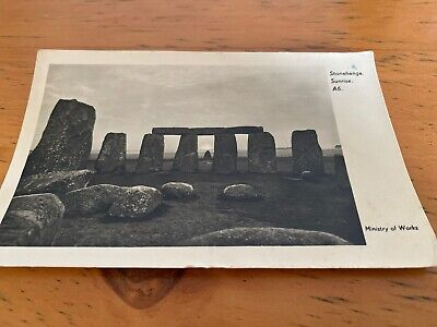 Old Postcard  Stonehenge Sunrise • 4£