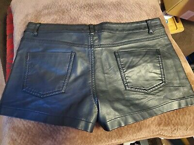 $20 • Buy New Black Faux Leather Shorts - Forever 21 - Size Medium